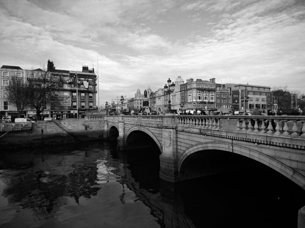 A picture of O'Connell Bridge over the River Liffey in Dublin, Ireland