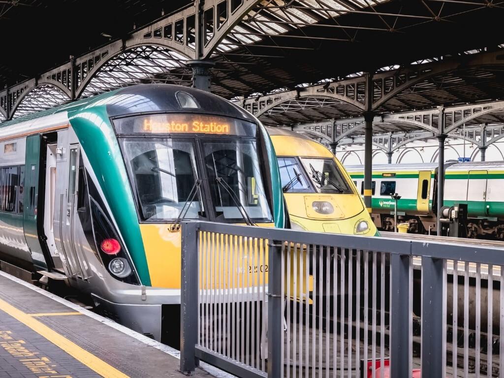 Irish Rail train at Heuston Station