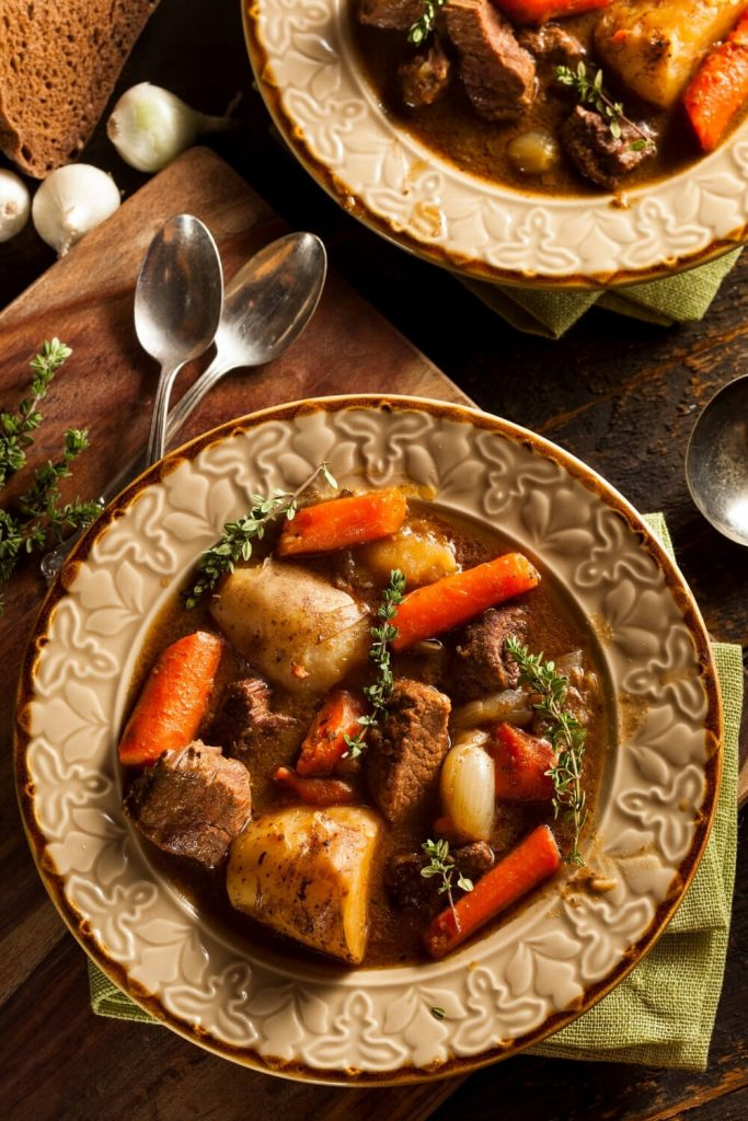 A picture of two bowls of Irish stew