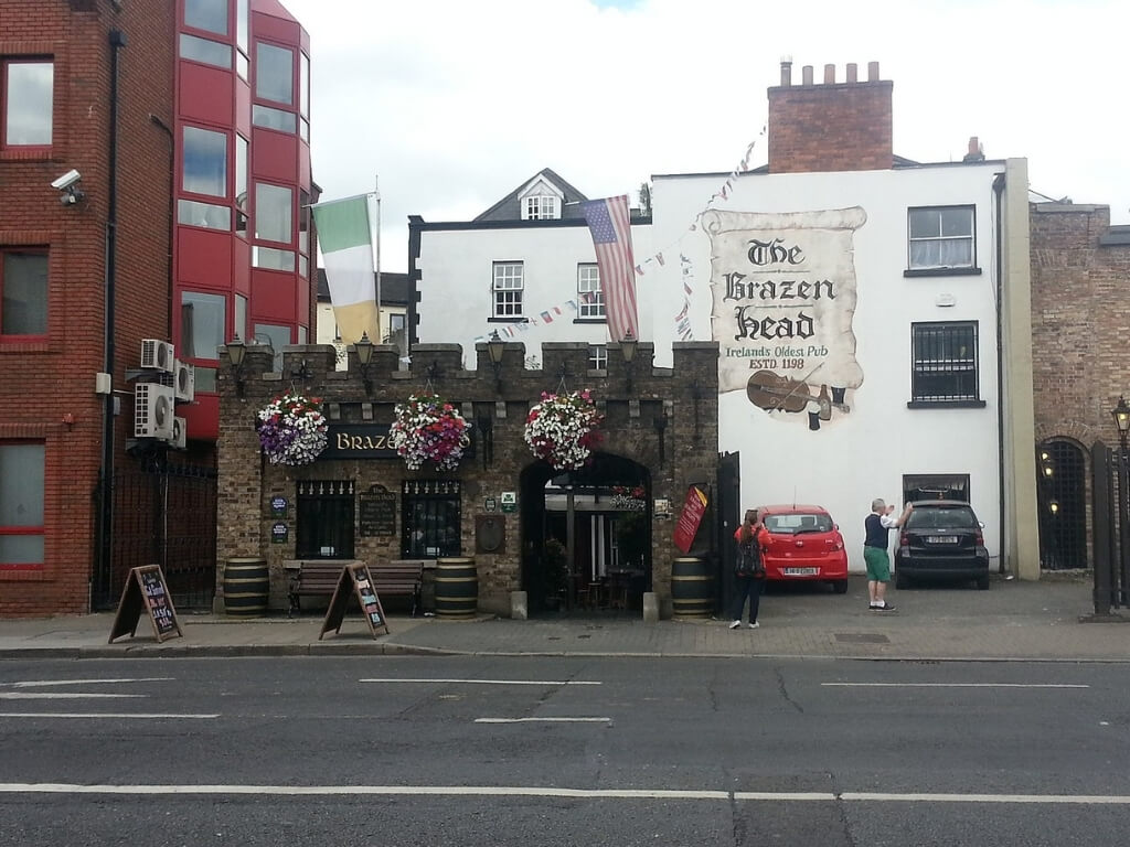 A picture of the Brazen Head pub, Ireland's oldest pub