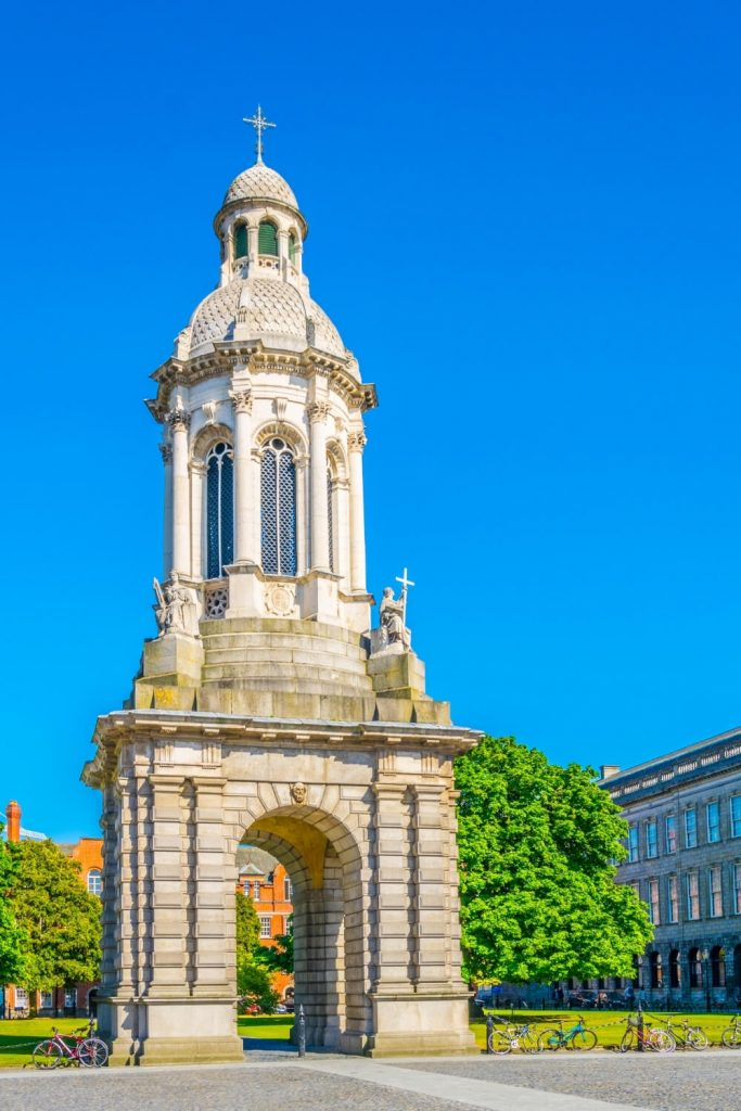 A picture of the Campanile in Trinity College, Dublin with blue shies above.