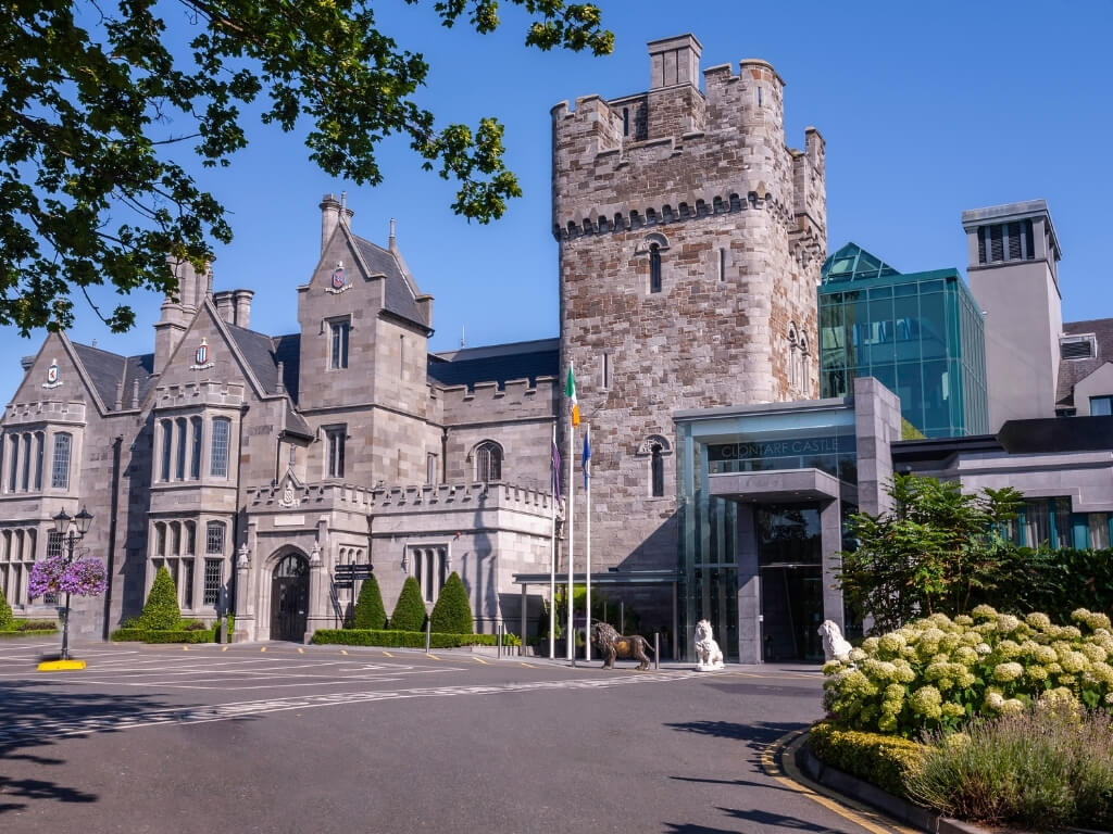 A picture of the exterior of Clontarf Castle, Dublin
