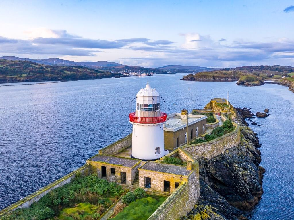 A picture of the Rotten Island Lighthouse looking towards Killybegs Harbour