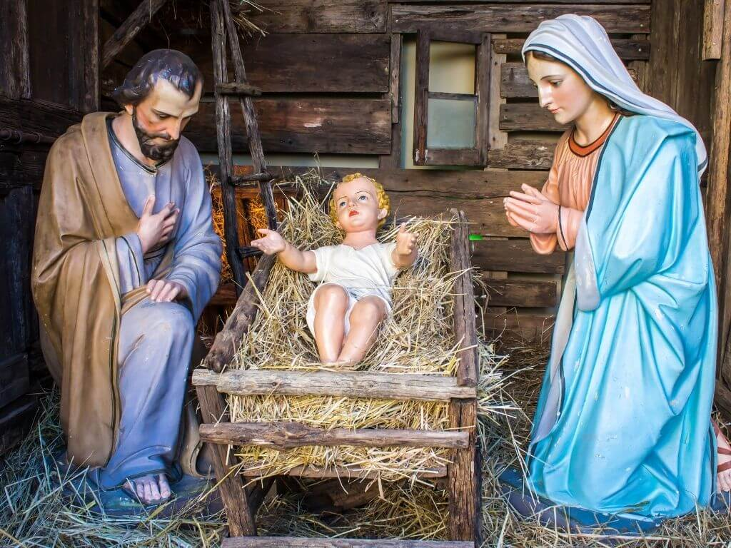 A picture of a Christmas Nativity scene