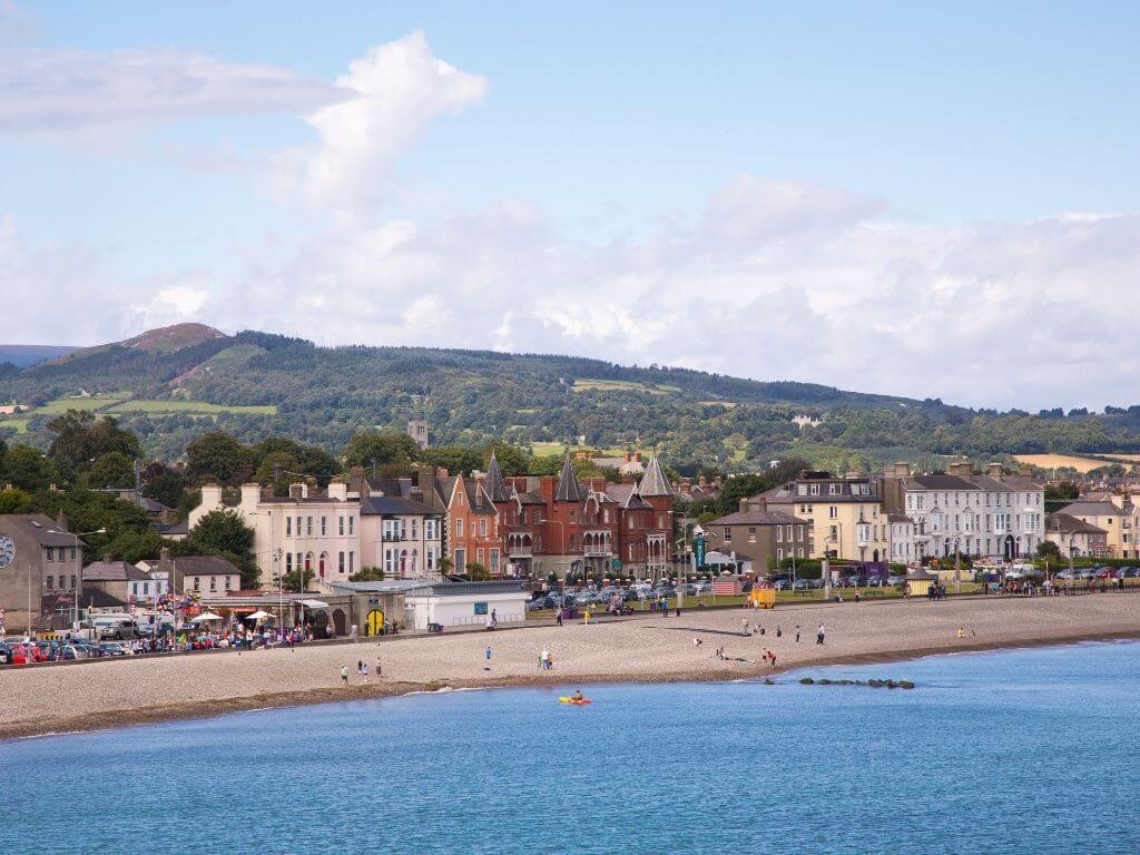A picture of the seafront at Bray, Wicklow