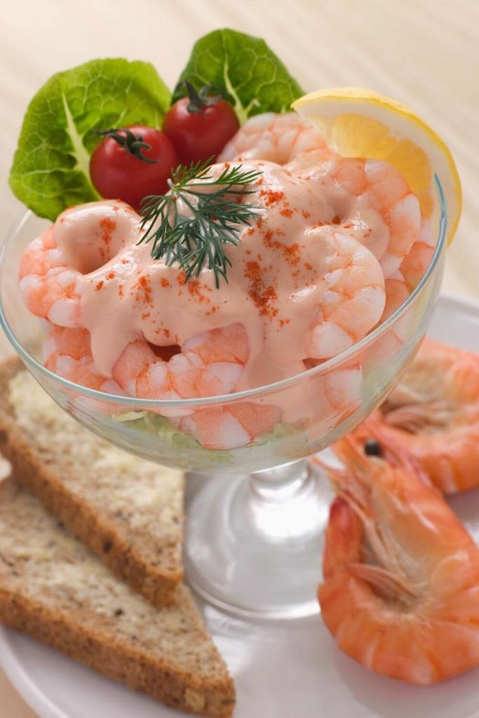 A picture of a Prawn Cocktail Starter with Marie Rose Sauce